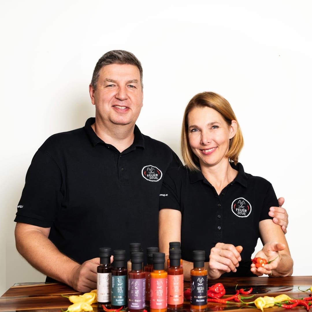 FEUERzeug Bio-Chilisauce Portrait Ulrike und Christian Dlapka