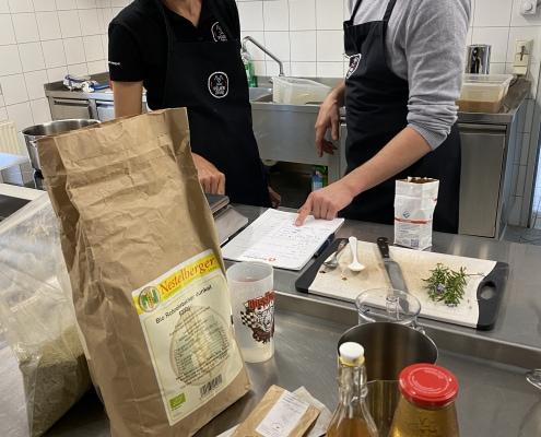 Chili-Kochsession mit Lukas Kienbauer